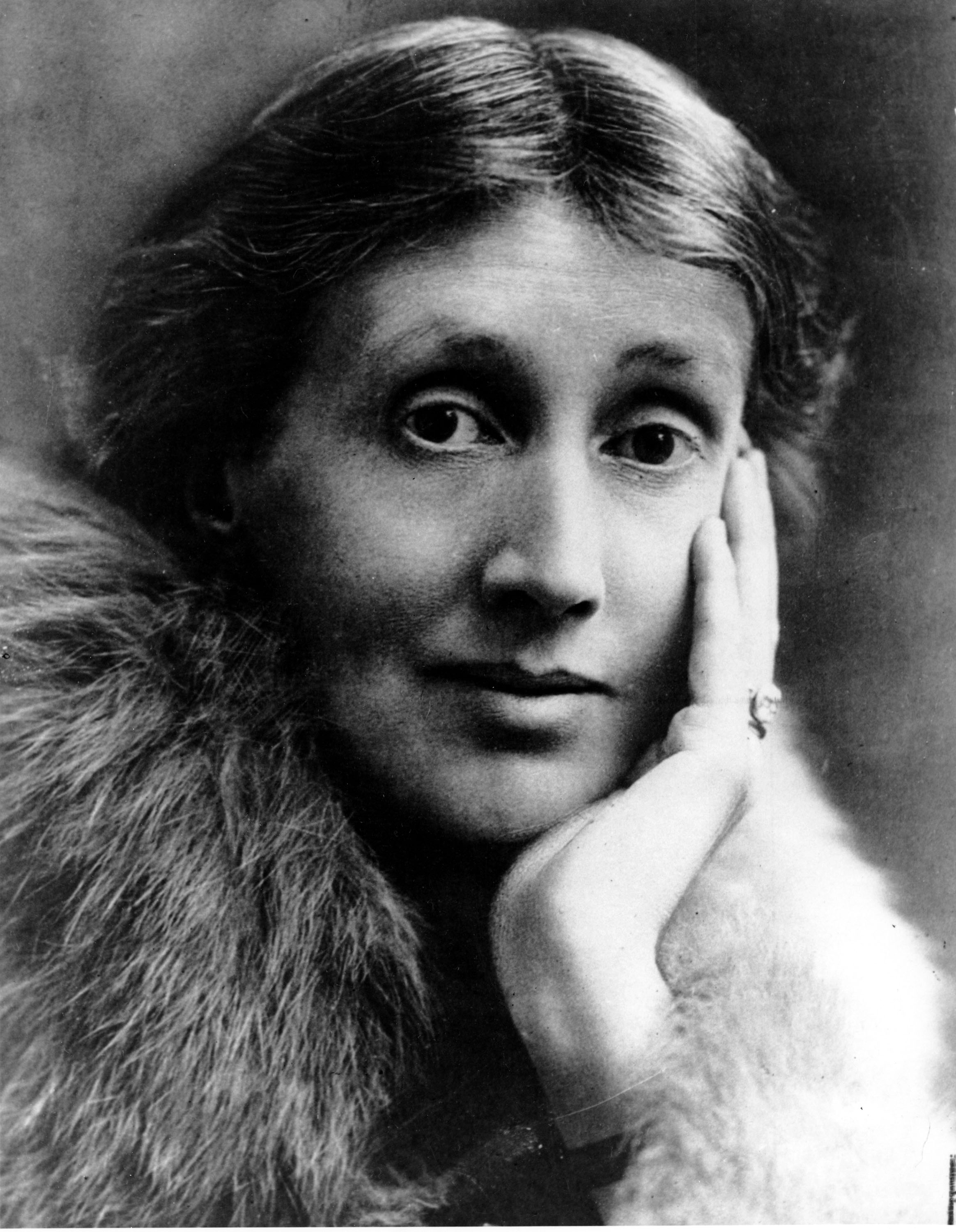 VIRGINIA WOOLF